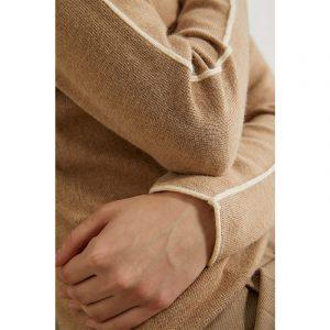 Causal Spliced Slim Sweater