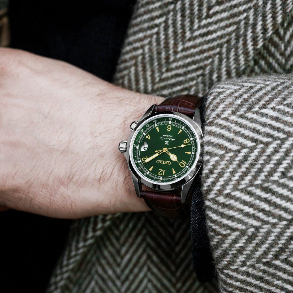best watches under 1000 US Dollars
